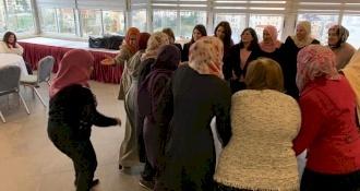 تدريب القيادات النسوية وعضوات المجالس المحليه في فن تحويل النزاعات